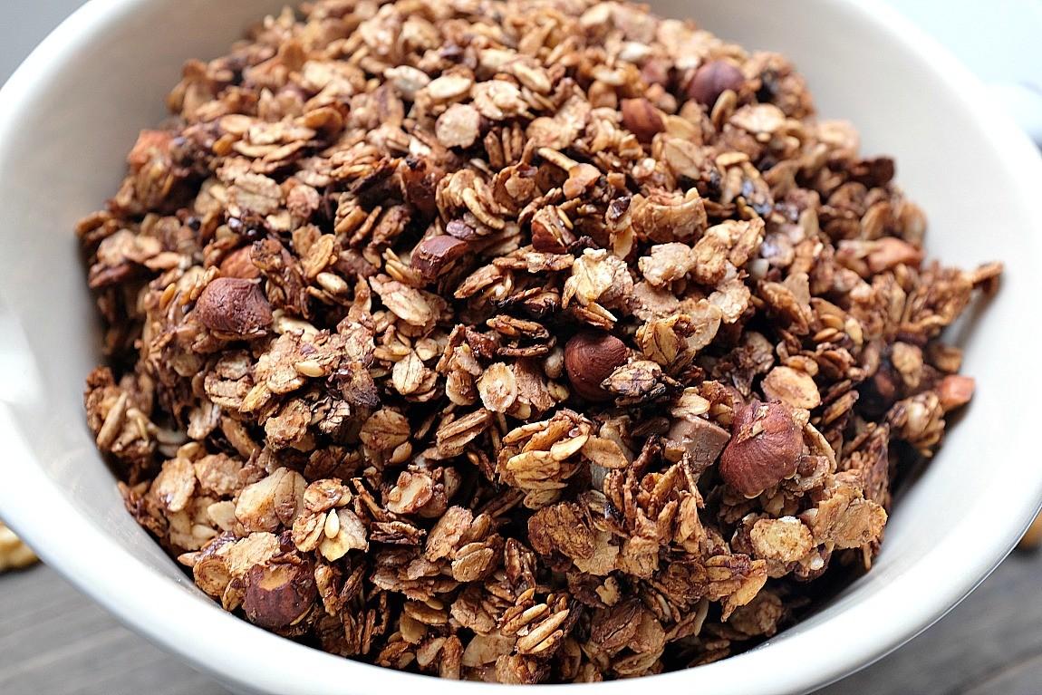 schokoladen nuss granola schnelle und leckere rezepte die gl cklich machen mein kleiner. Black Bedroom Furniture Sets. Home Design Ideas