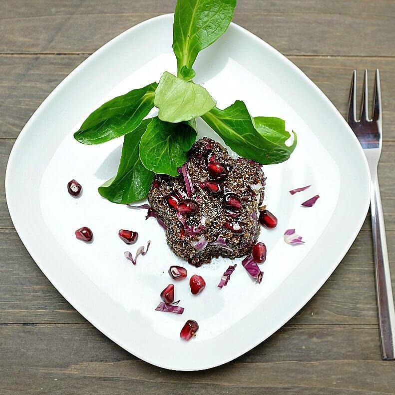 Canihua-Salat mit Radicchio und Granatapfel