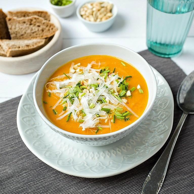 karotten orangen suppe schnelle und leckere rezepte die gl cklich machen mein kleiner foodblog. Black Bedroom Furniture Sets. Home Design Ideas
